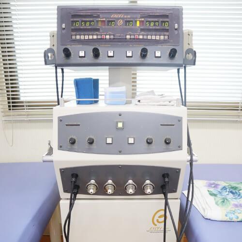 【写真】キセノン光線治療器