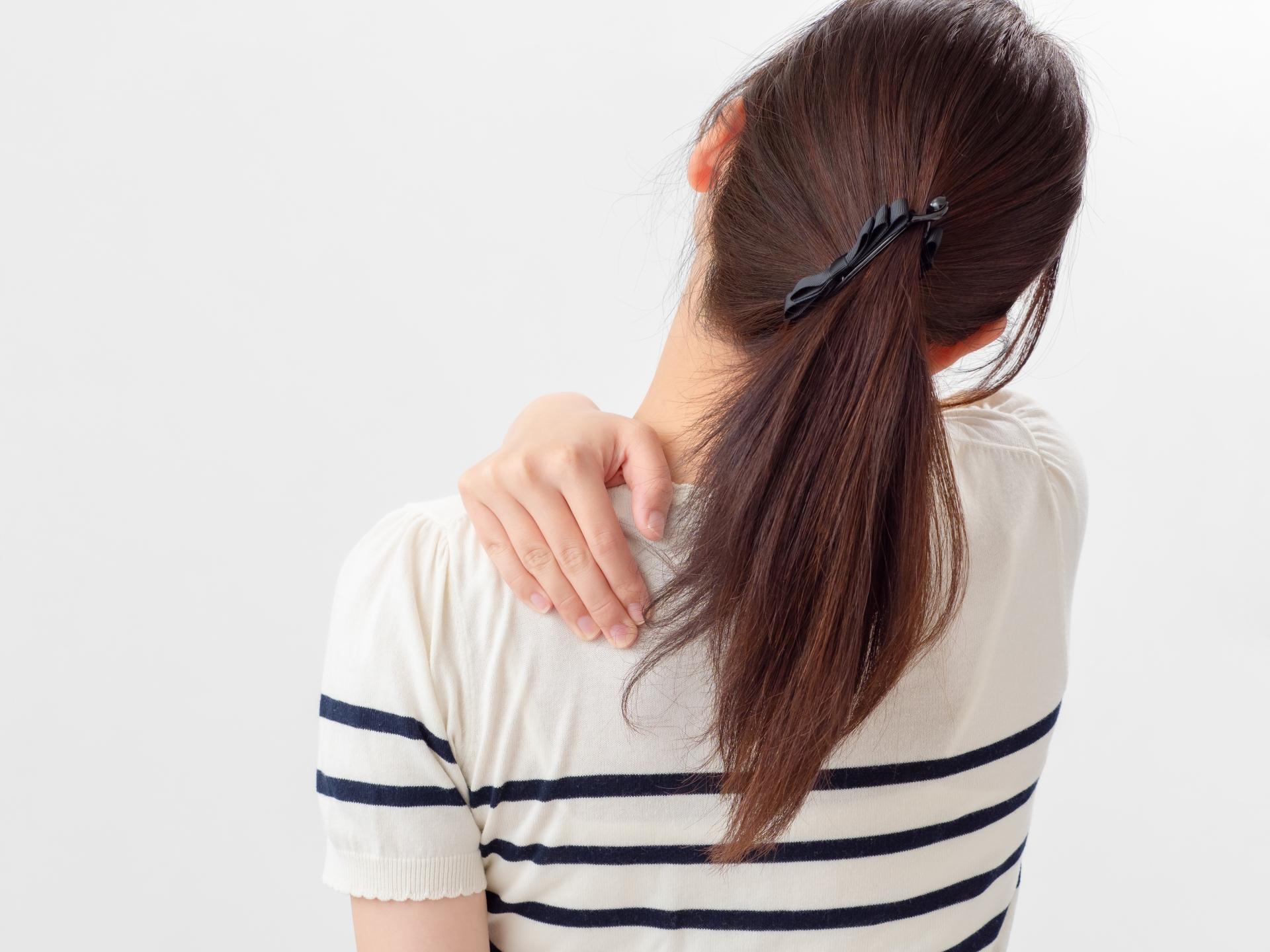 首、肩、腕の痛み